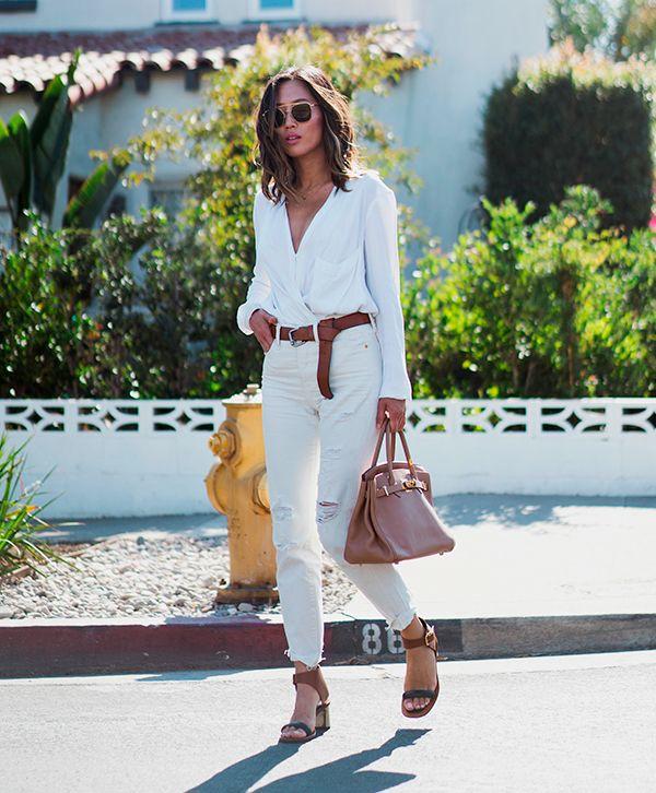 Look para verão de Aimee Song: perfeito para o dia a dia, com tons de marrom que ficam incríveis combinados com o look branco.