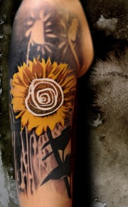neat tattoo design // sunflower // Buena Vista Tattoo Club