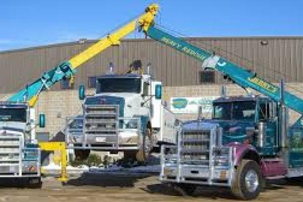 Truck Repair Directory, Breakdown, Mobile Mechanics, Towing, Tires   Semi Truck Trailer Repair Shops Facilities Nationwide, Truck Repair, Towing & Recovery, Tire Repair, Refrigeration, Mechanics