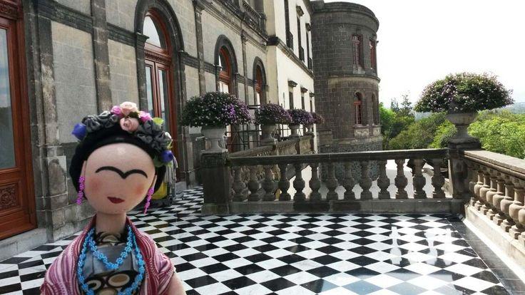 Frida en el Castillo de Chapultepec. Proyecto Sonia Ramón.