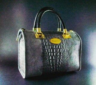 Bauletto Bramadiluce Grigio Londra in vera pelle stampa coccodrillo VARI COLORI www.bramadiluce.it #bag# #fashion #moda #donna #borse #bramadiluce #Italia #mantova #vera pelle #artigianale