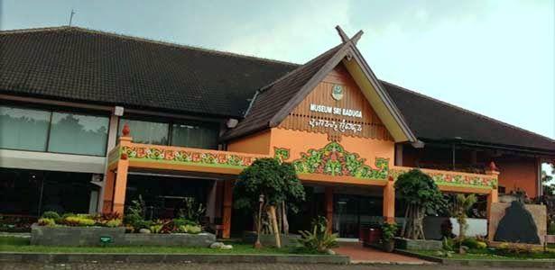 Museum Sri Baduga - Jl. Lingkar Selatan