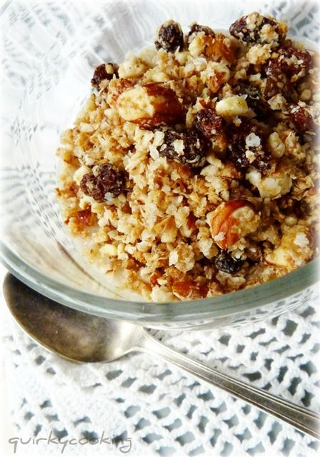 Quirky Cooking: Quick Quinoa Granola