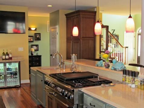 20+ Party-Ready Kitchens | Kitchen Ideas & Design with Cabinets, Islands, Backsplashes | HGTV