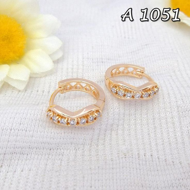 Saya menjual Anting Xuping Perhiasan Line Emas A 1051 seharga Rp17.500. Dapatkan produk ini hanya di Shopee! https://shopee.co.id/sitigrosirxuping/811566756 #ShopeeID Fast Respon Pin BB : DB26F989 No Hp : 081223398889