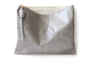 "12"" pouch - moon from rennes"