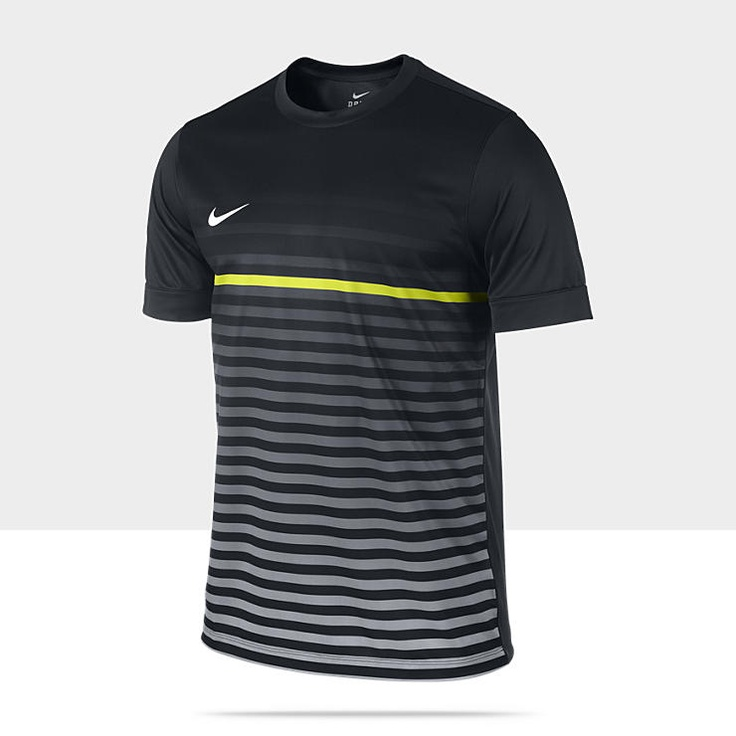 Nike Short-Sleeve Graphic 3 Men's Soccer Shirt