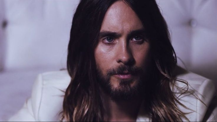 Jared Leto Oozes Sex Appeal in 'Flaunt' BTS Video!