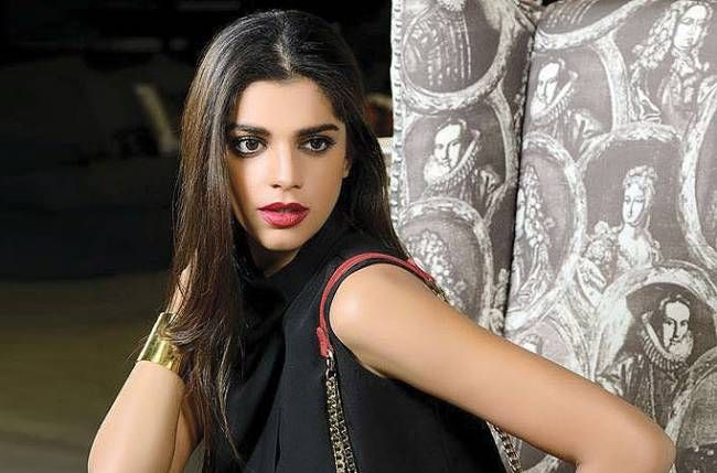Hot Sanam Saeed Wiki, Age, Height, Husband, Net Worth