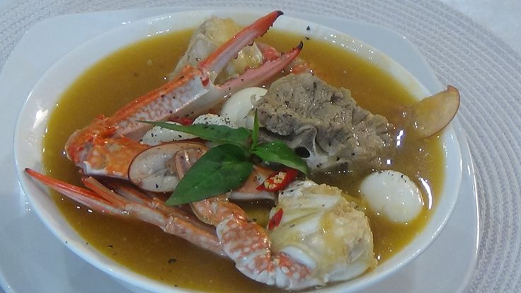 Homemade  Vietnamese Crab Thick Rice Noodle Soup