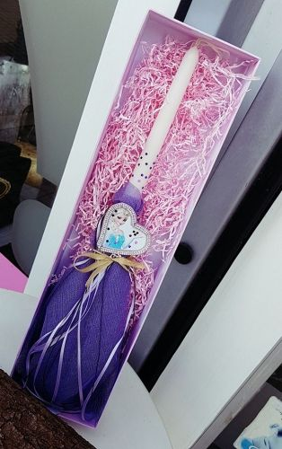 Χειροποίητη πασχαλινή λαμπάδα στολισμένη με την elsa  http://handmadecollectionqueens.com/λαμπαδα-για-κοριτσια-με-την-elsa  #handmade #easter #gift #girly #kid #elsa #accessories #storiesforqueens #handmadegift
