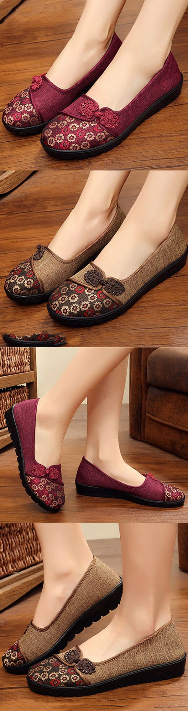 US$16.53  Flower Retro Chinese Knot Casual Soft Flat Loafers