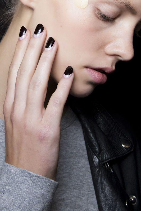 czarno-biale-paznokcie-antonio-marras-fot-imaxtree.jpg (533×800)