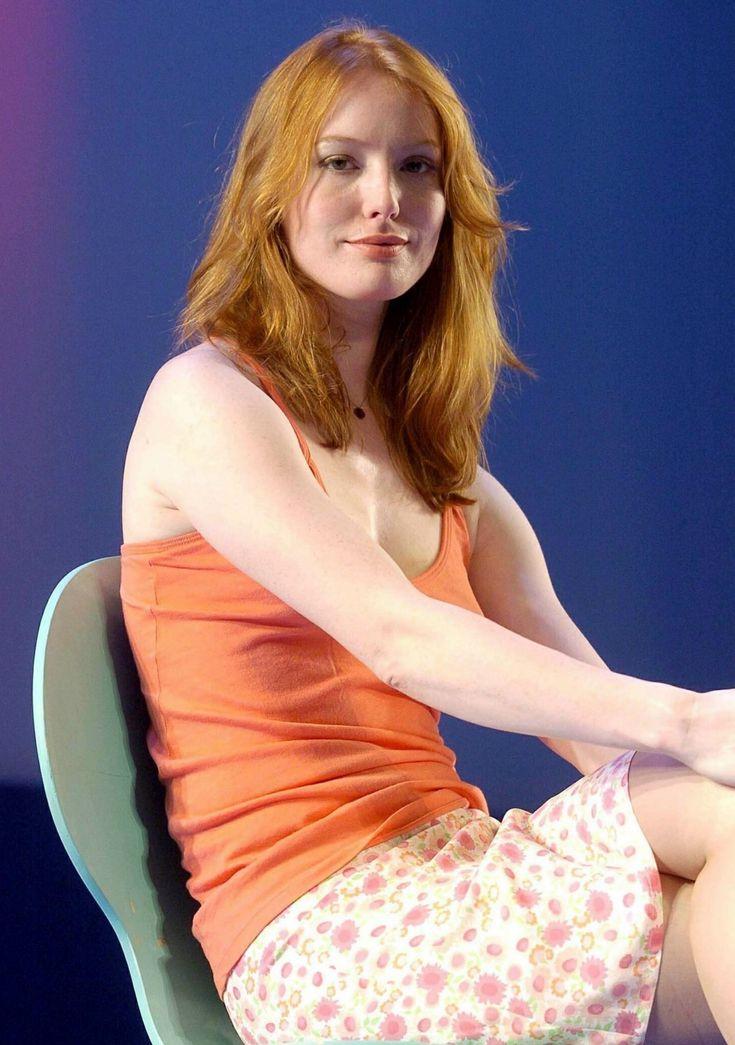 Alicia Witt Nude Photos 15
