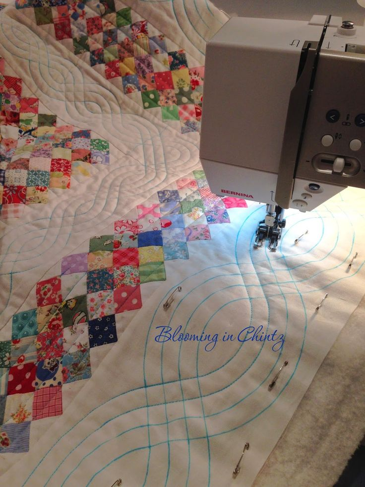 Best 25+ Walking foot quilting ideas on Pinterest | Machine ... : quilt border pattern ideas - Adamdwight.com