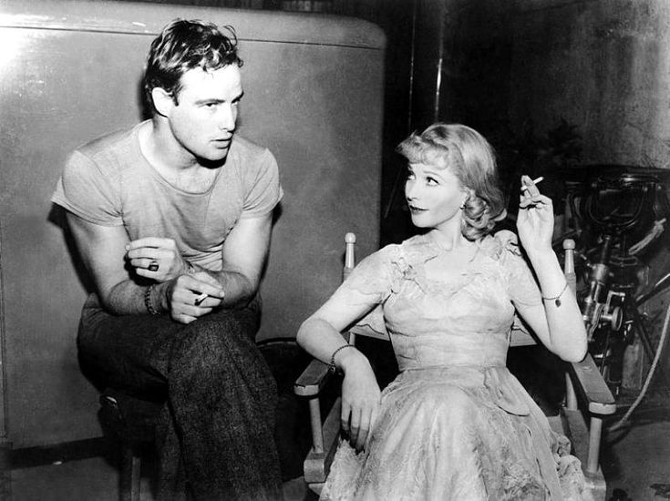 BEHIND THE SCENES: Vivien Leigh and Marlon Brando on the set of A STREETCAR NAMED DESIRE (1951).
