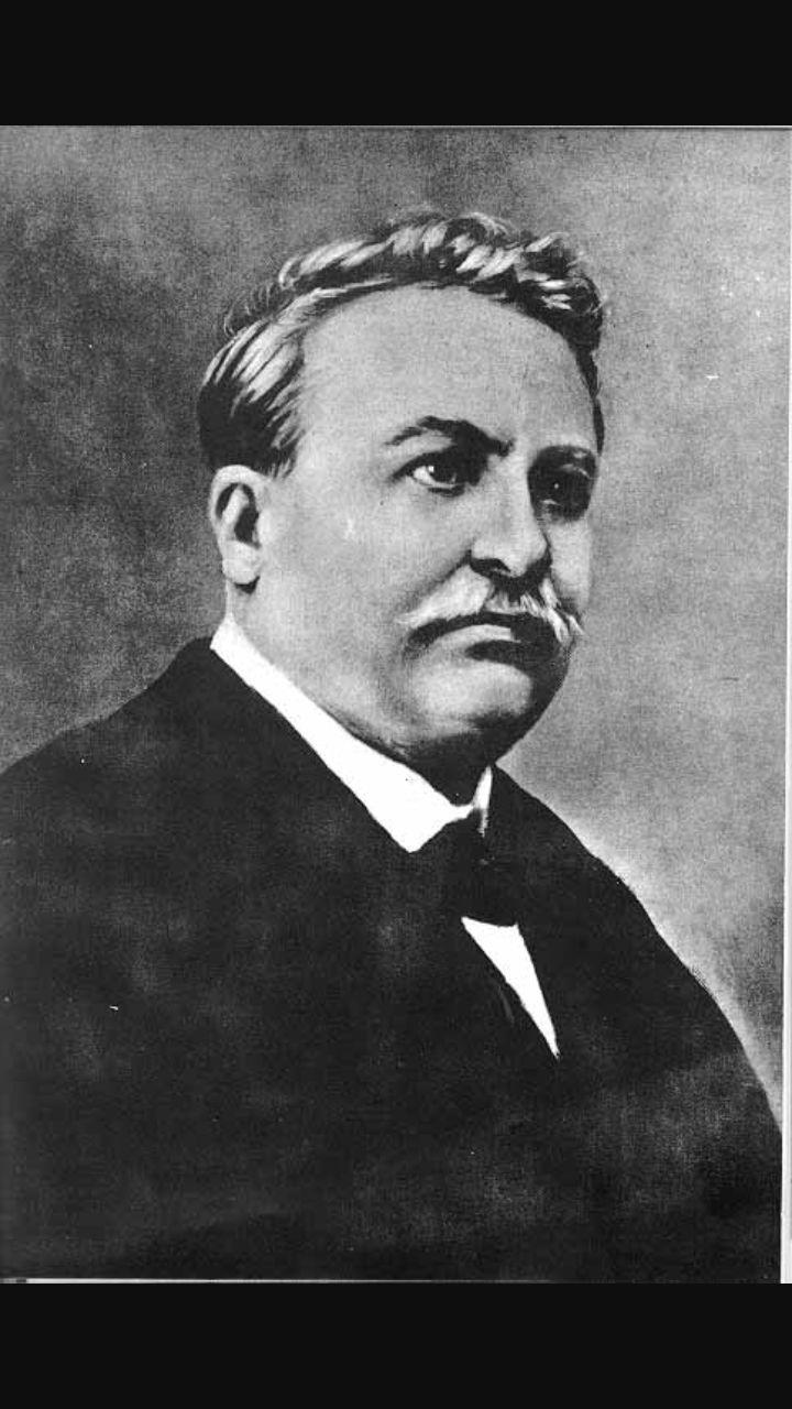 Giovanni Pascoli.