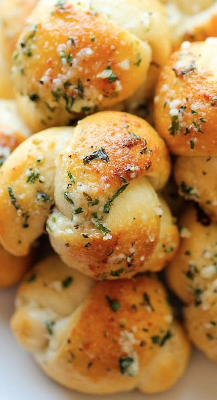 easy garlic parmesan knots.... www.tablescapesbydesign.com https://www.facebook.com/pages/Tablescapes-By-Design/129811416695