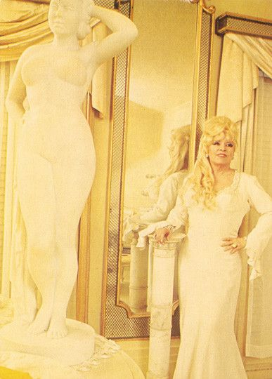 Vintage Movie Legend Mae West Statue Large Postcard