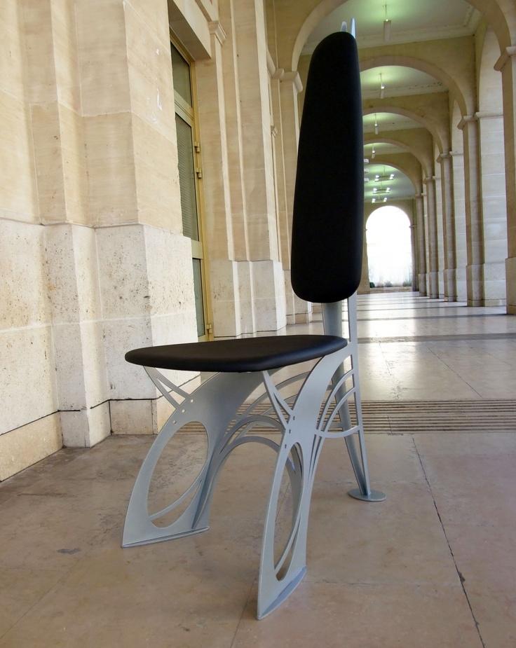 chaise design de style art nouveau en m tal et cuir dit