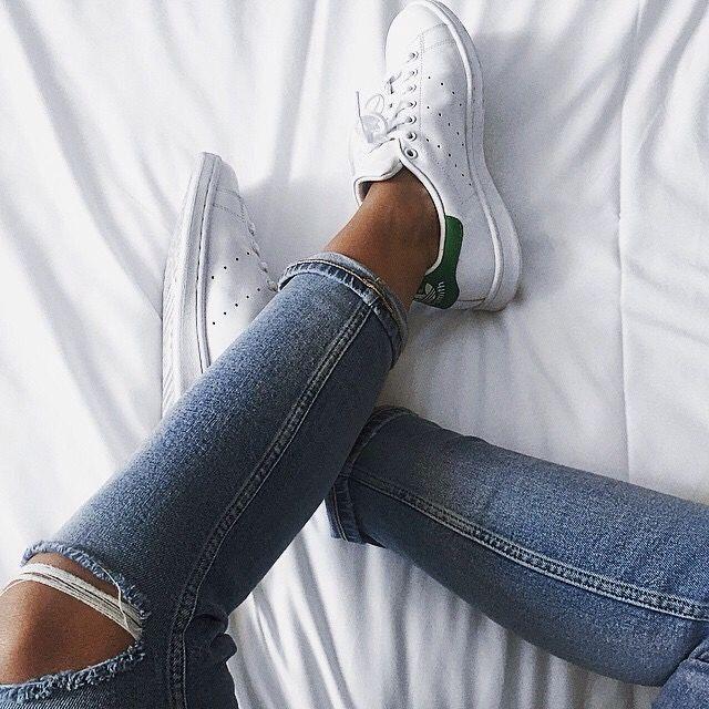 Zapatillas de deporte de cuero M20324 Stan Smith de adidas Originals (asos)