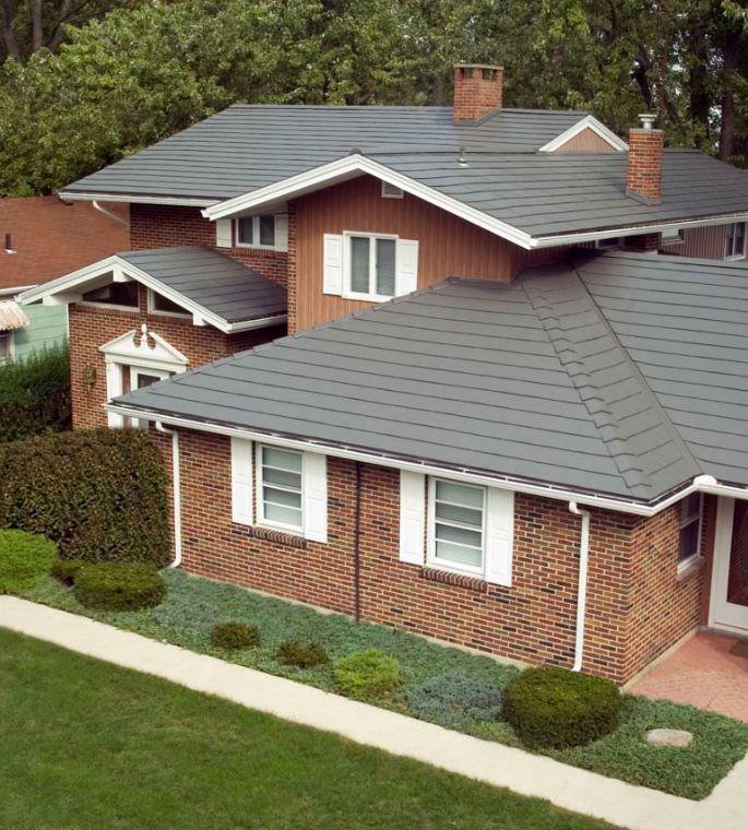 Gray Metal Roof On A Brick Home Oxford Aluminum Shingle