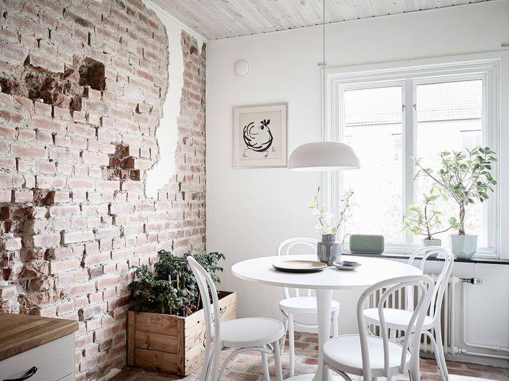 Suelo y pared de ladrillo visto raimundo wip for Revestimiento de ladrillo decorativo