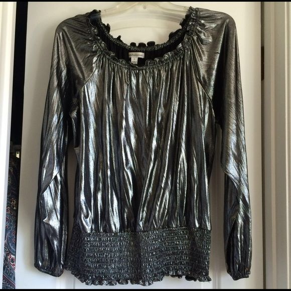 Silver metallic long sleeve soft top Charlotte Russe, silver metallic long sleeve top. Very soft material. Condition: Only been worn once, like new. Charlotte Russe Tops Blouses