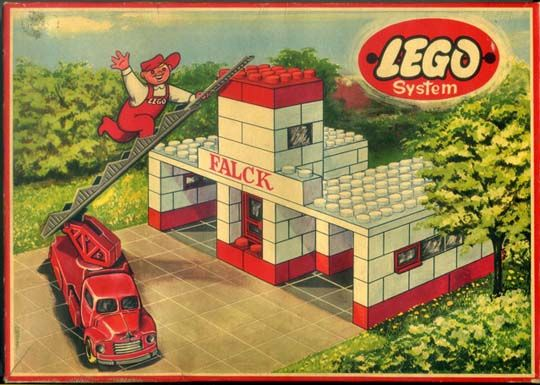 """Ca. 1956 Lego firehall packaging - a crucial component of the early """"Townplan"""" series"""