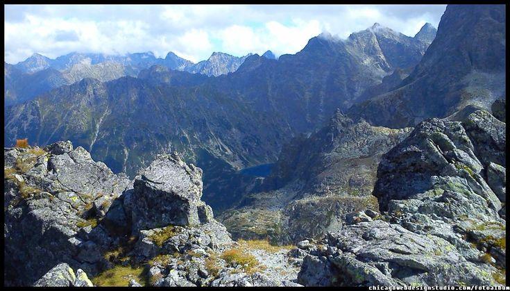 Tatry Wysokie / Polska / Poland / Góry / Tatra Mountains #Tatry #Tatra-Mountain #Góry #szlaki-górskie #piesze-wędrówki-po-górach #szczyty-górskie #Polska #Poland #Polskie-góry #Szpiglasowy-Wierch #Szpiglasowa-Przełęcz #Zakopane #Tatry-Wysokie #Polish Mountains #Morskie Oko #Czarny-Staw #na -szlaku-z-Doliny-Pięciu-Stawów-poprzez-Szpigla sową-Przełęcz-i-Szpiglasowy-Wierch-do-Morskiego-Oka #turystyka górska