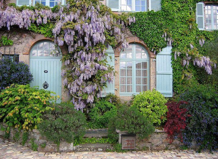 Clisson, Loire Atlantique, France, by Olivier Schram