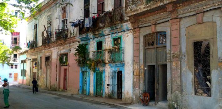 Los hospitales en Cuba se están cayendo a pedazos | AdriBosch's Magazine
