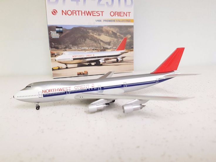 DRAGON WINGS 1:400 Boeing 747-200 Northwest Orient N624US 'WITH STAND' #DRAGONWINGS1400