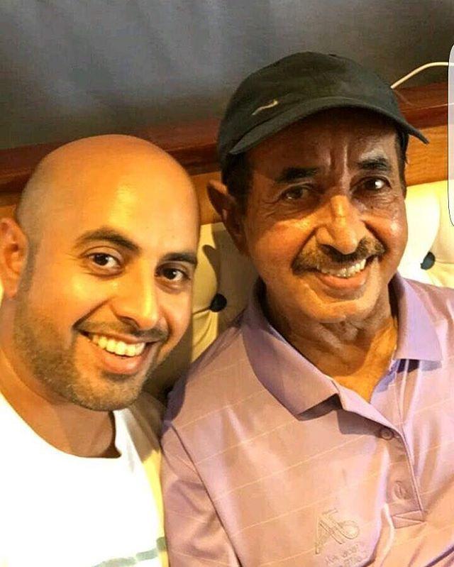 Maktoum bin Hasher bin Maktoum Al Maktoum y su padre, Hasher bin Maktoum bin Juma Al Maktoum