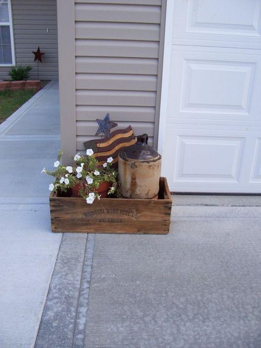 Primitive Garden Decorating Ideas | Primitive Outdoor Decor - Yard Designs - Decorating Ideas - HGTV Rate ...