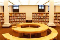 国際子ども図書館は上野にある子ども向けな絵本や児童書を専門にした図書館です こういった図書館は日本初なんですよ() うちのチビも最近は絵本に夢中なのでそろそろ連れて行ってみたいな() お近くにお住まいのお子さんがいる方はぜひ一度国際子ども図書館をご利用してみてください tags[東京都]