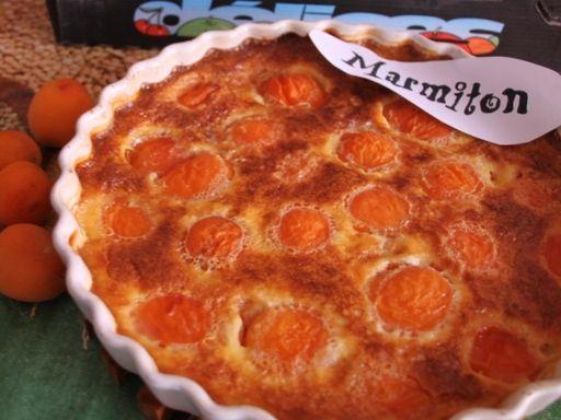 Clafoutis ultra facile aux abricots - Recette de cuisine Marmiton : une recette
