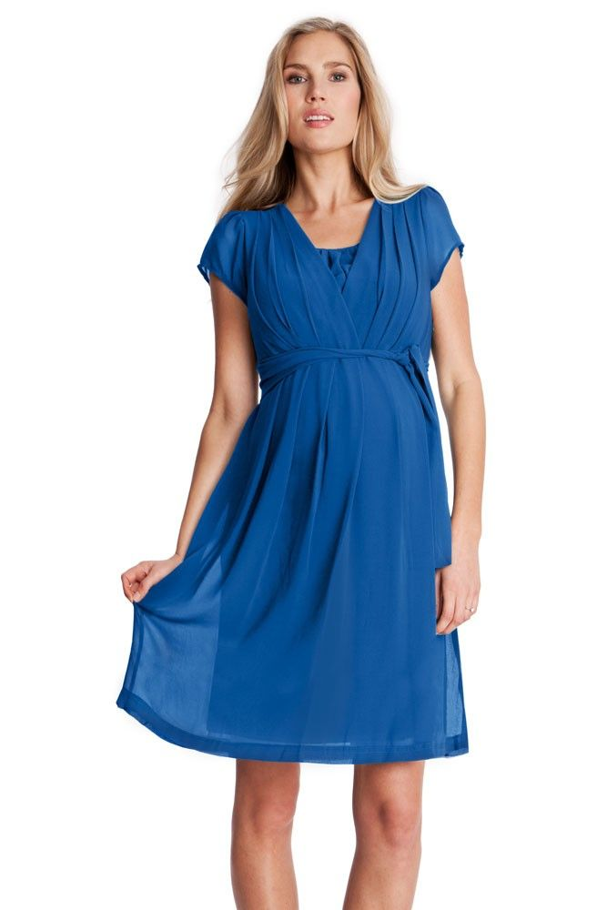 Our latest collection of nursing clothes is a combination of this season's hottest trends and Seraphine's practical breastfeeding design. Fusing comfort, function and style, all of our nursing dresses, sweaters & shirts are designed with buttons, snaps, zippers, drop down panels, double layer openings or clips to allow easy access for nursing.