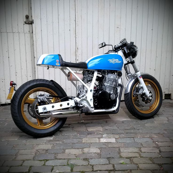 The 1984 Honda XL600LM Caferacer. The Signbike SB2. Inspired By The 1960  Watson Offenhauser