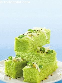 Green peas dhoklas, a delectable protein-loaded gujarati farsan that is so soft that it will simply disappear in your mouth! i am sure most of you are unaware of the goodness of green peas. Rich in protein, fibre, iron etc, green peas is a very versatile ingredient that lends itself to various types of dishes right from soups and salads, to starters and subzis, and so on to dhoklas.