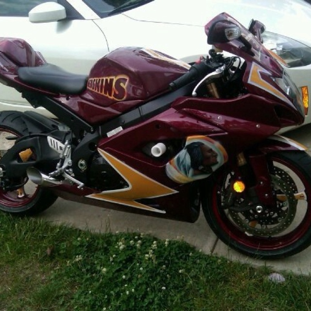 Hail yeah Redskins motorcycle paint job (With images