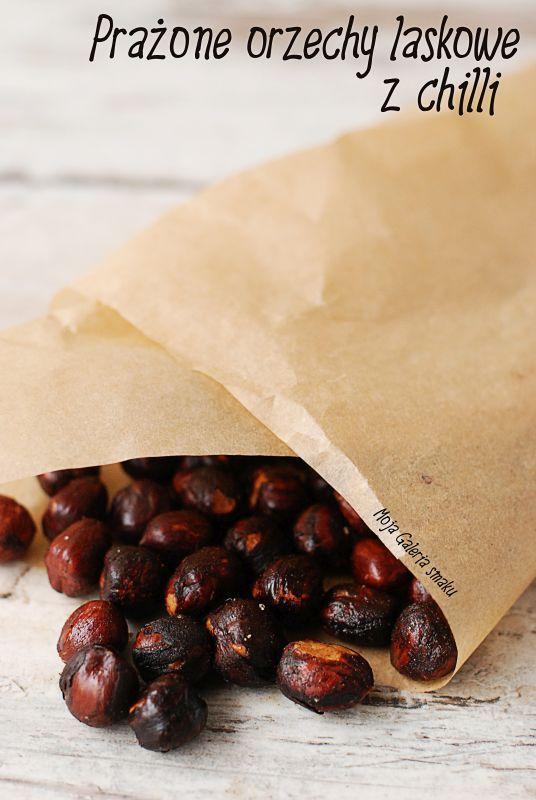 Prażone orzechy laskowe z chilli
