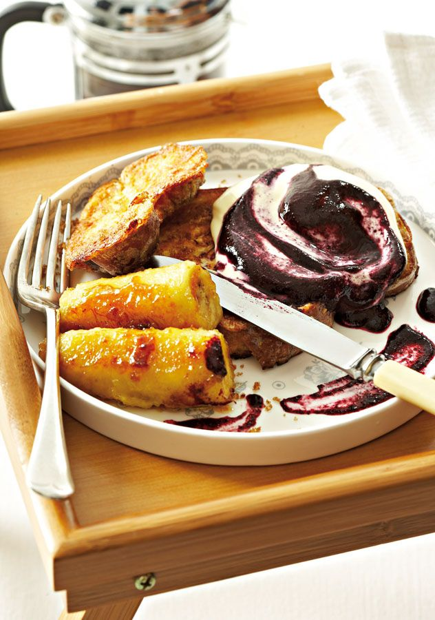 Wholewheat French toast with blueberry sauce and caramelised bananas