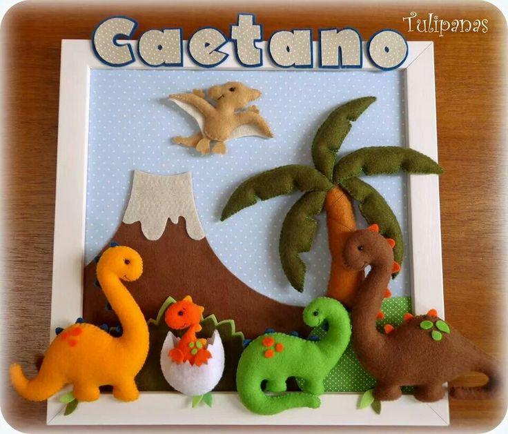 colgante: volcán, dinosaurios, palmera...