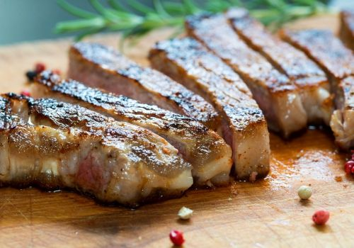 Тайната на сочните пържоли на фурна - Рецепта. Как да приготвим Тайната на сочните пържоли на фурна. Кликни тук, за да видиш пълната рецепта.