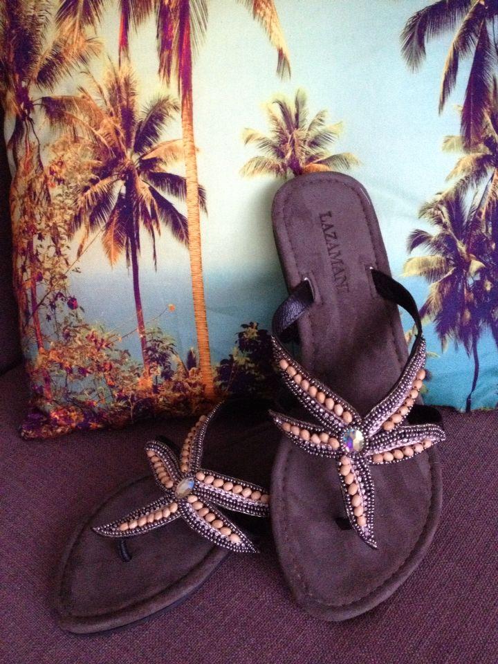Summer sandals by Lazamani