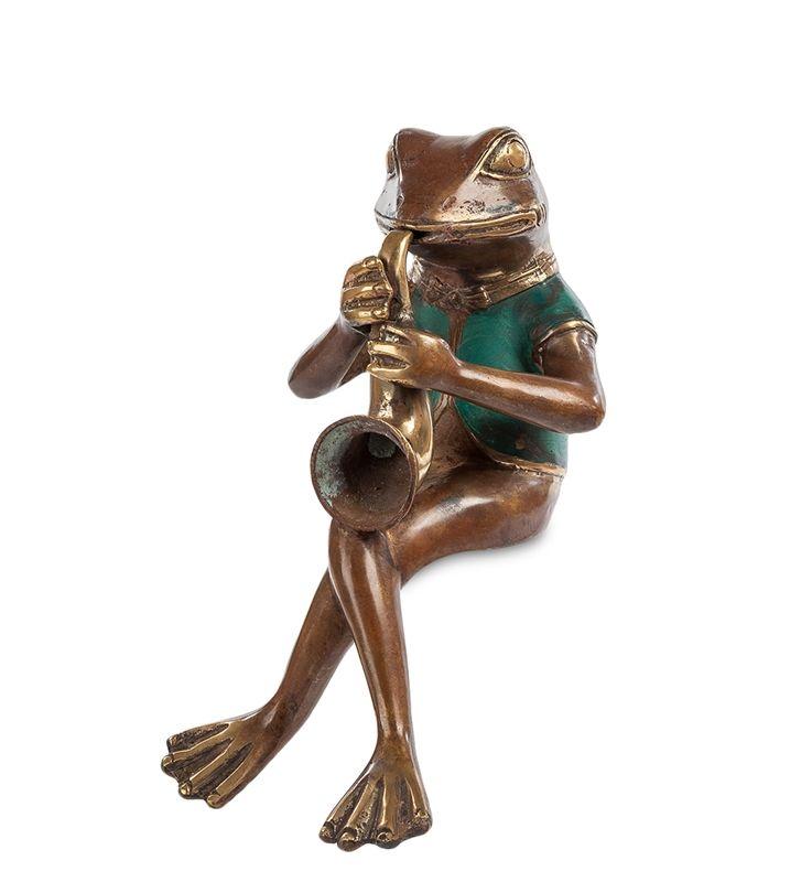 Фигурка «Лягушка с саксофоном» 43-027 (бронза, о. Бали)    Фигурка «Лягушка с саксофоном» 43-029 (бронза, о. Бали)   Бренд: Perunggu & Emas Nasional (Индонезия);    Страна производства: Индонезия;   Материал: Бронза;   Длина: 18 см;   Ширина: 22 см;   Высота: 28 см;   Вес: 1 кг;          #statuette #figurine #bronze #Indonesia #статуэтка #фигурка #бронза #Индонезия