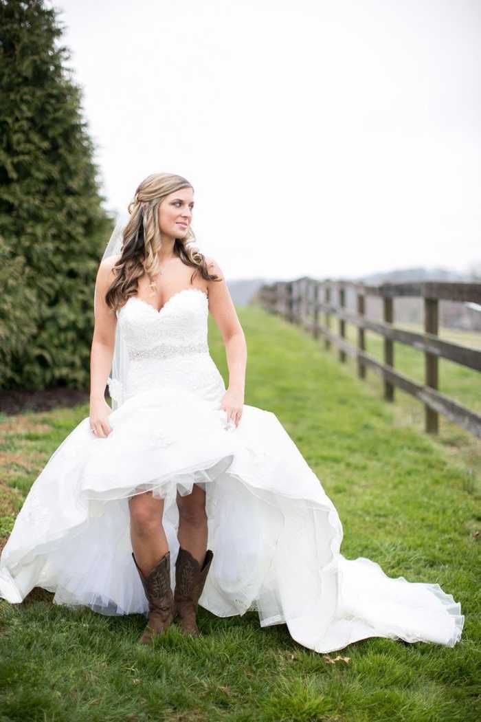 Amazing high low country wedding dresses with cowboy boots