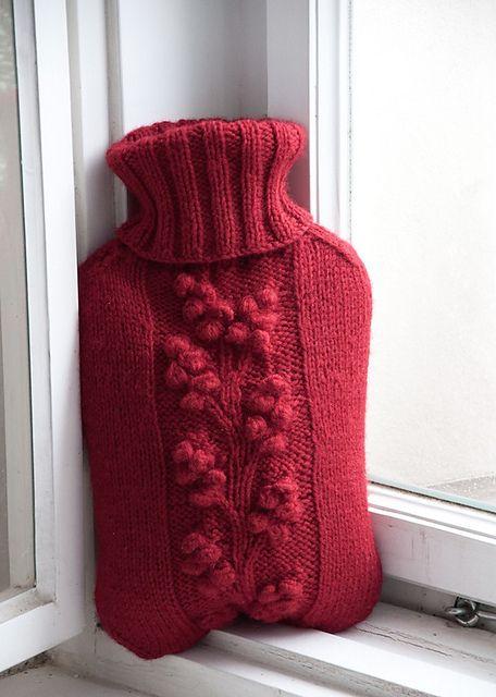 Chunky Knit Scarves Patterns : Knit a hot water bottle cozy: Winterberry pattern by gluecksfisch #free_patte...
