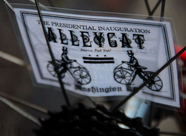 Presidential Inauguration Alleycat 2013 - round up - Pics and highlights from the Presidential Inauguration Alleycat 2013 of which Knog was a proud lights and locks sponsor.